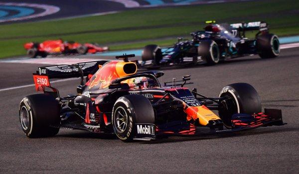 Podsumowanie wiadomości z F1 12.02.2021 - Verstappen odejdzie z Red Bulla po 2021 roku?